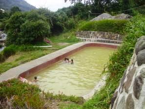 Turismo en ecuador oyacachi y la reserva cayambe coca for Piscina de coca