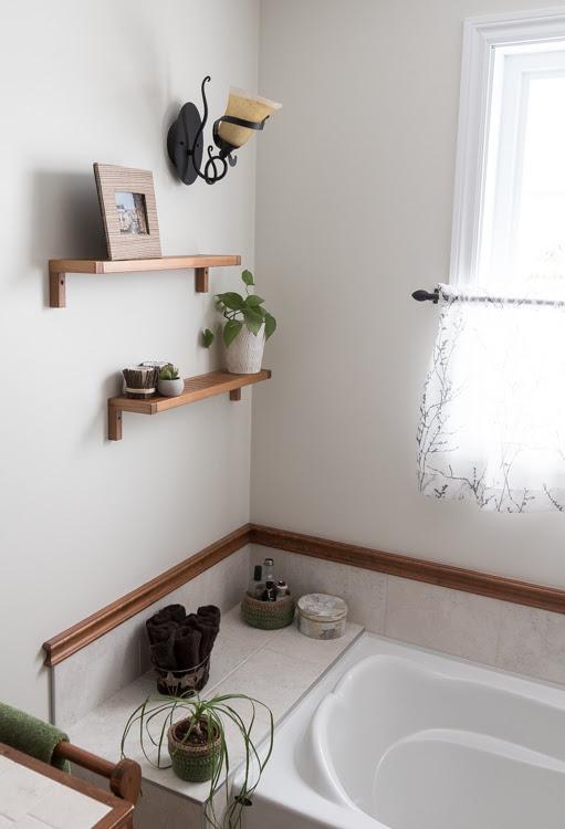Bathroom makeover | small budget | DIY | Home Decor | Rope Mirror | Simple Update Trash Can | Crochet Baskets | Deer Art | Rustic ladder