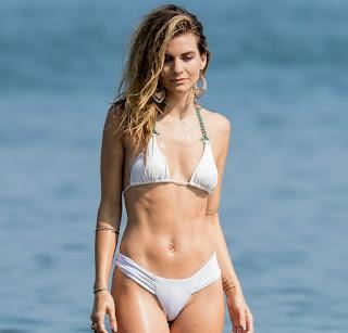 rachel-mccord-bikini-cameltoe