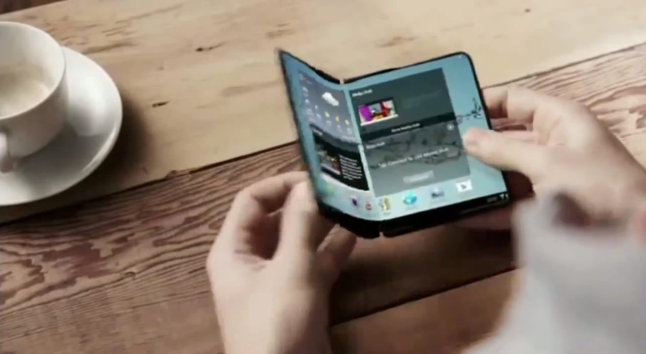 Samsung to Release Two Smartphones With Bendable Screens in 2017? [Video]