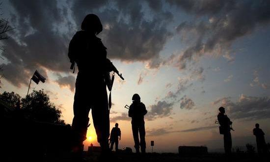 Ανεβαίνει επικίνδυνα η ένταση στην Κριμαία