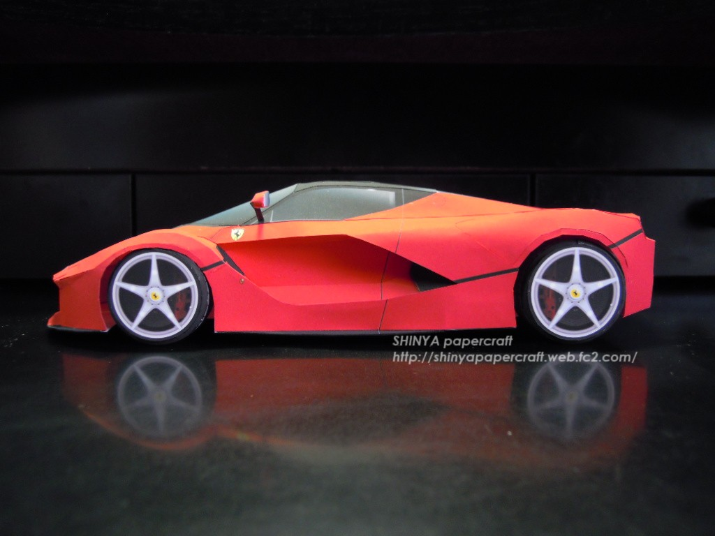 Ferrari Laferrari Paper Download