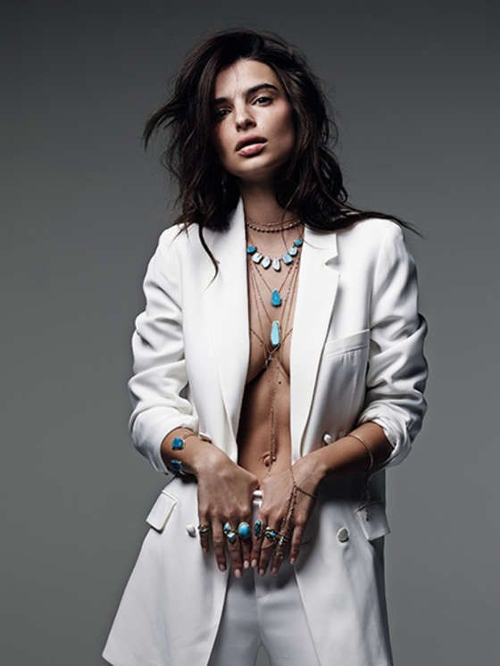 Emily Ratajkowski bares curves for jewellery campaign