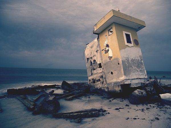 rumah di atas pasir