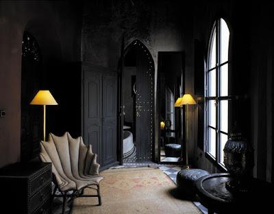 Sentuhan Elegan Interior Dengan Warna Hitam