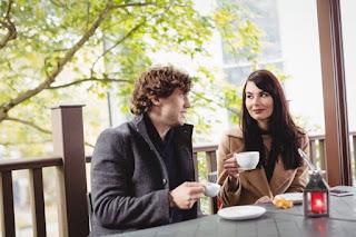 Tips Membuat Orang Jatuh Cinta Pada Pandangan Pertama