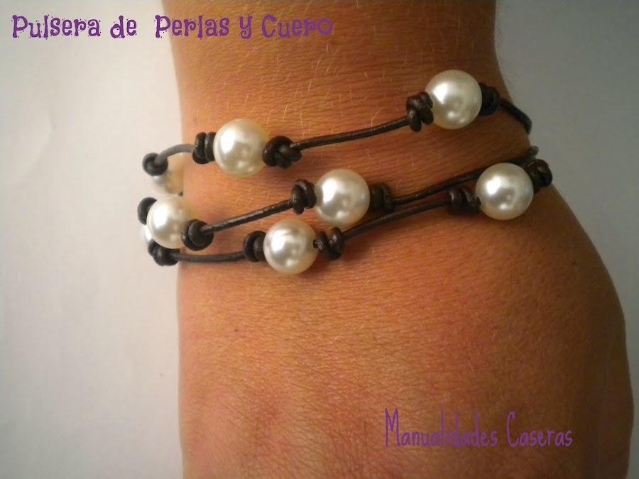 manualidades caseras fáciles pulsera de perlas y cuero de tres hilos, marrón
