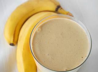 shake-para-emagrecer-banana-ameixa