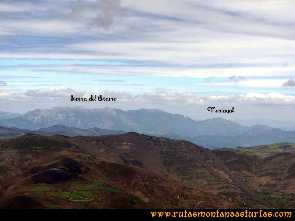 Ruta Peña Redonda: Vista de la Sierra del Aramo y Mostayal
