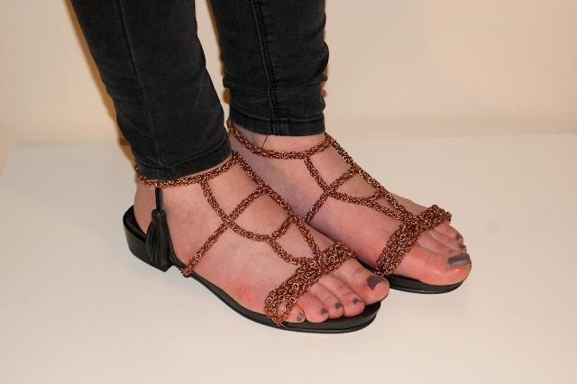 Metalowe buty