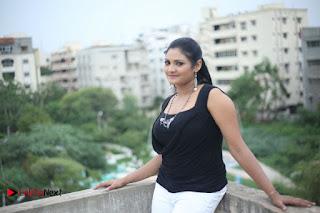Vasavi Reddy Latest Picture Shoot Gallery  0009.jpg