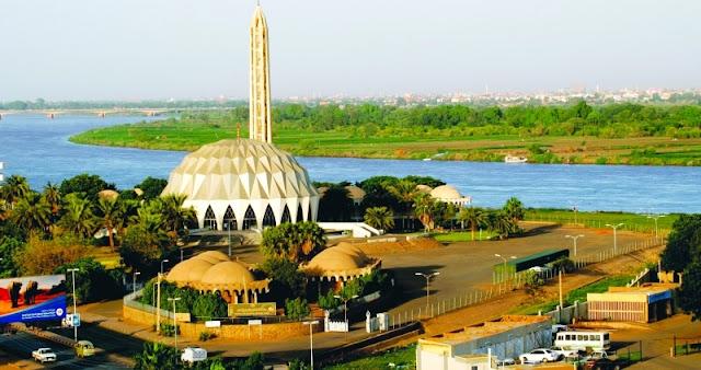 مسجد النيلين بأمدرمان