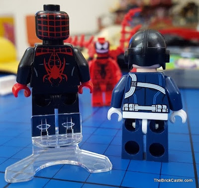 LEGO SHIELD Agent and Spiderman back print close up 76036
