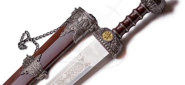 Espada romana y Derecho romano