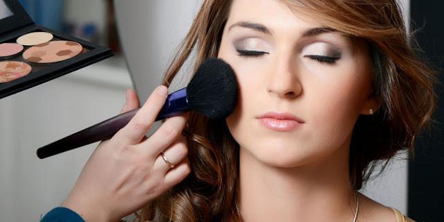 Tips Seputar Penggunaan Blush On