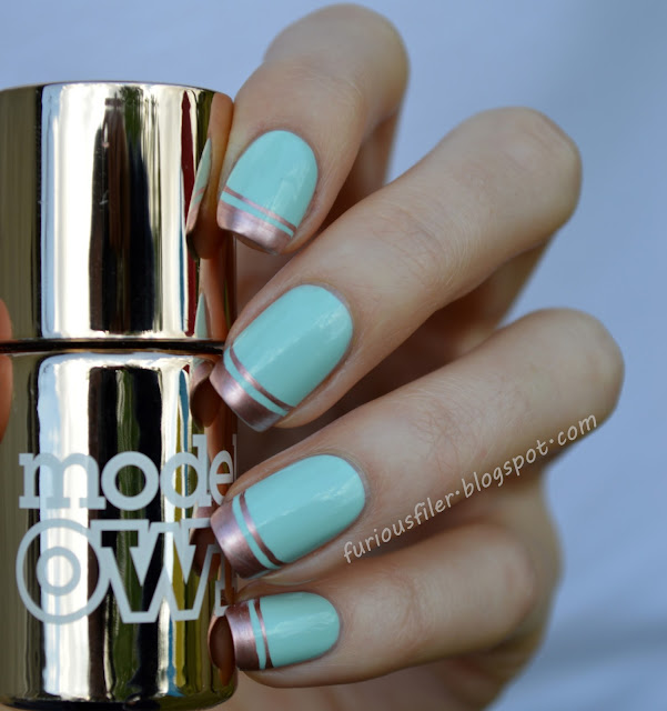 #31dc2015 mint nails metallic french tip manicure