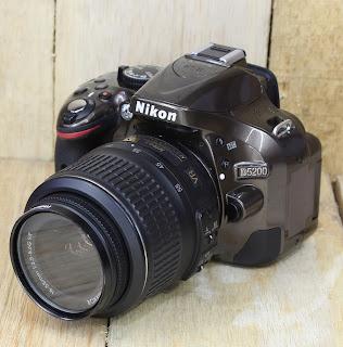 DSLR Nikon D5200 ( Limited Edition )