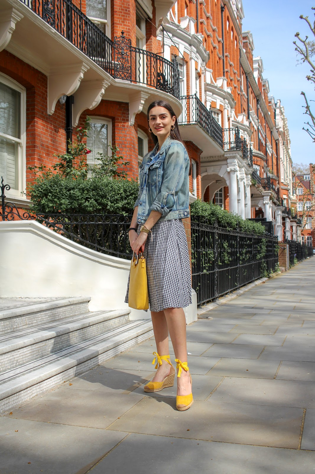 london street style a week off instagram