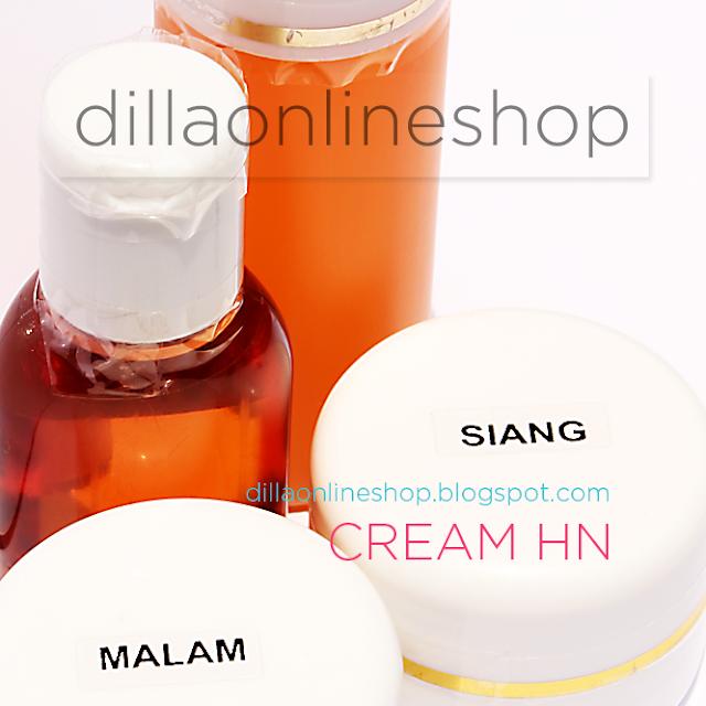 paket perawatan wajah yang terdiri dari sabun, toner dan cream hn