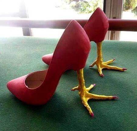 إبتكار احذيه غريبه موضه هذا العام |  الحذاء القاتل
