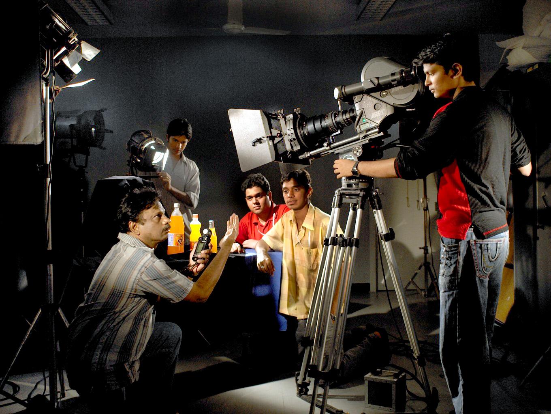 mindscreen film institute Mindscreen film institute (mfi)s berufliches profil anzeigen linkedin ist das weltweit größte berufliche netzwerk, das fach- und führungskräften wie mindscreen film institute (mfi) dabei hilft, interne kontakte zu finden, die mit empfohlenen kandidaten, branchenexperten und potenziellen geschäftspartnern verbunden sind.