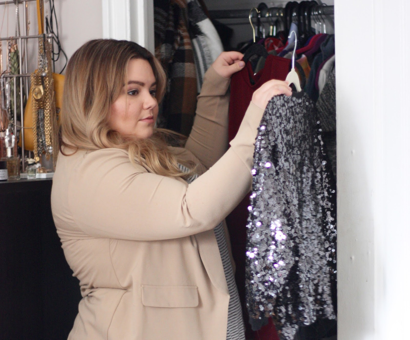 how to organize my closet, color coded closet, clothing storage in chicago, armoire, get my armoire, platos closet, consignment, uber, plus size fashion, natalie craig, chicago blogger, midwest blogger, chicago style
