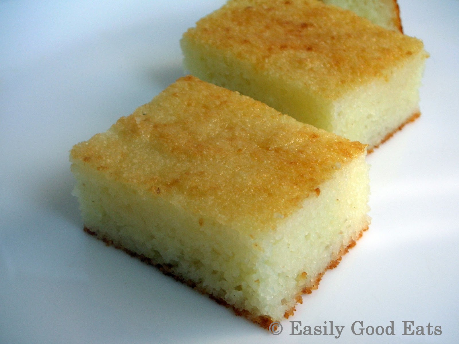 Lemon And Coconut Milk Cake