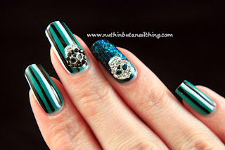 Stripy skull nail art