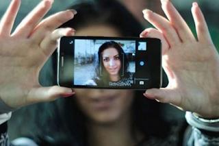 Cara Menampilkan Tanggal Di Foto Android