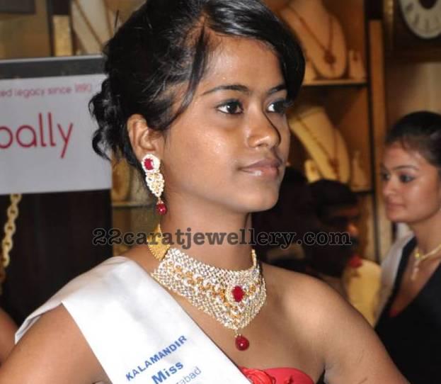 Model With Ruby Diamond Heavy Set Jewellery Designs