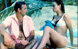007 woman bikini beach girl sean connery