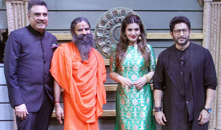 Arshad Warsi, Riteish Deshmukh and Raveena Tandon on The Sets of 'Sabse Bada Kalakar'