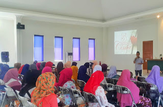 Ceramah Agama Maulid Nabi Muhammad SAW Sekaligus Hari Ibu (Video)