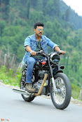 Dhruva shooting at brisk pace in Hyd-thumbnail-11