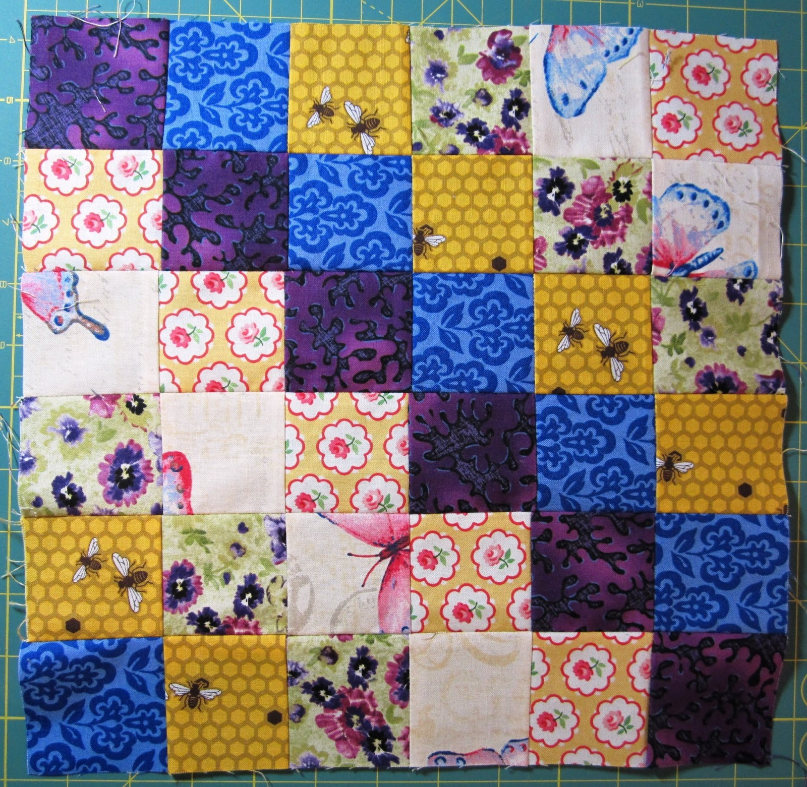 Quarter Incher Scrappy Trip Around The World Quilting Bee