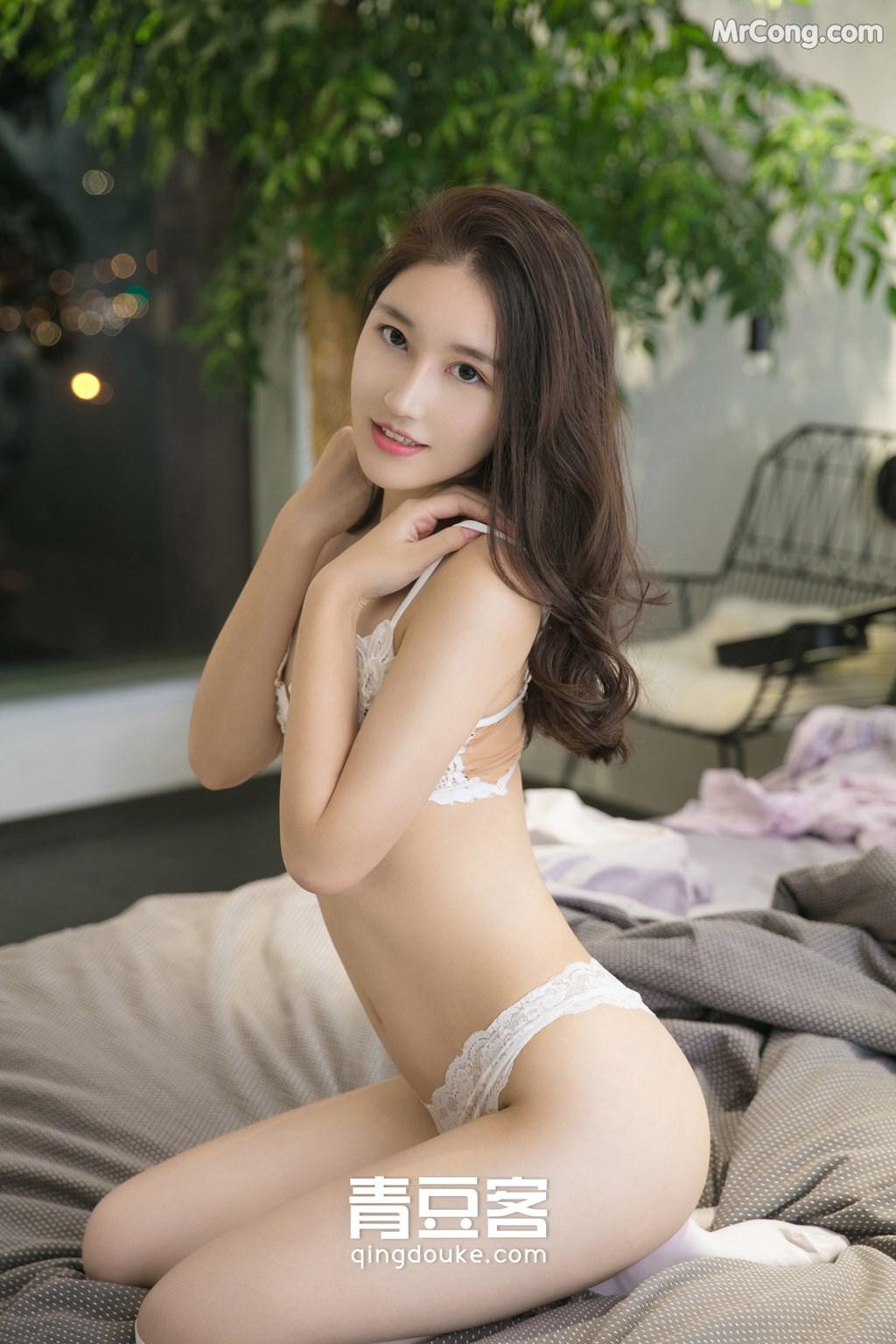 Image QingDouKe-2017-11-26-Wei-Niu-Niu-MrCong.com-010 in post QingDouKe 2017-11-26: Người mẫu Wei Niu Niu (魏扭扭) (51 ảnh)