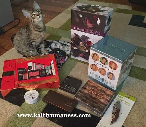 christmas gifts - makeup, Friends boxed set, kitten