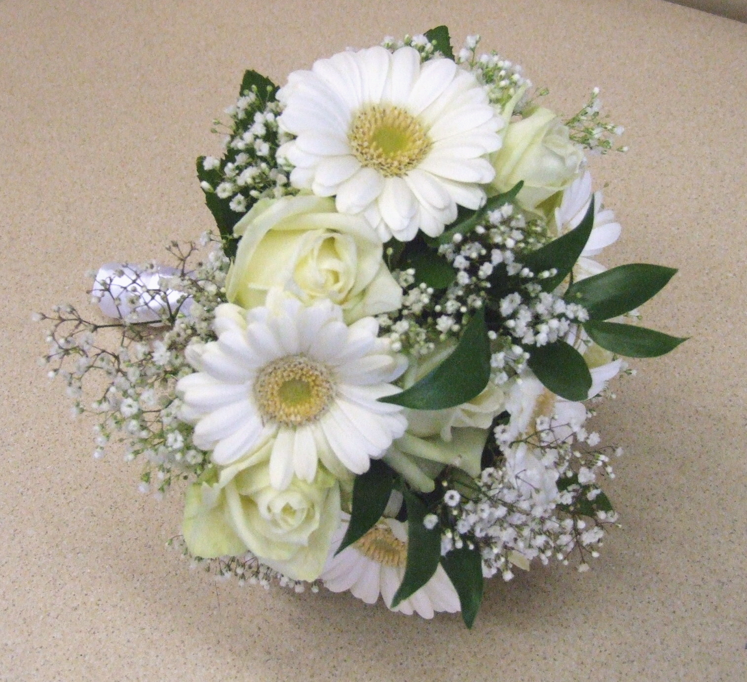 Wedding Flowers Lincoln: RJ's Florist: Rose And Germini Wedding Flowers