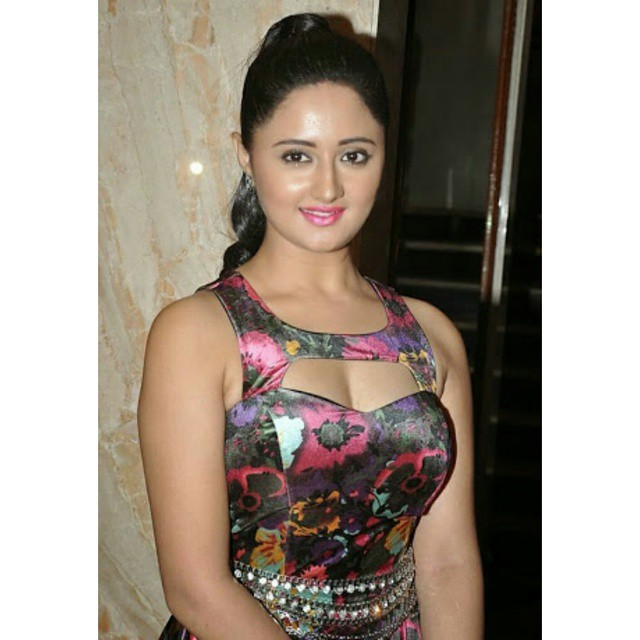 rashmi desai ,, Rashmi Desai Latest Hot Pics