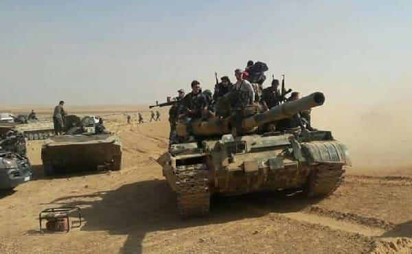 الجيش يواصل عملياته على أوكار التنظيمات الإرهابية على محور بلدة صيدا بريف درعا (فيديو)