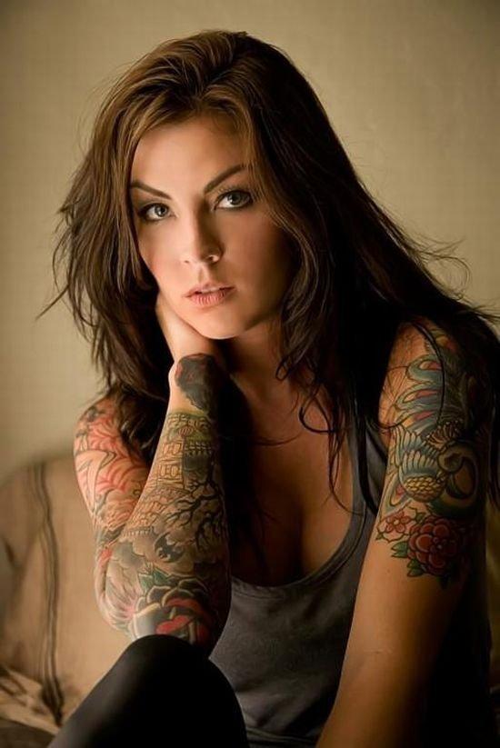 Hot Tattoos On Women 71