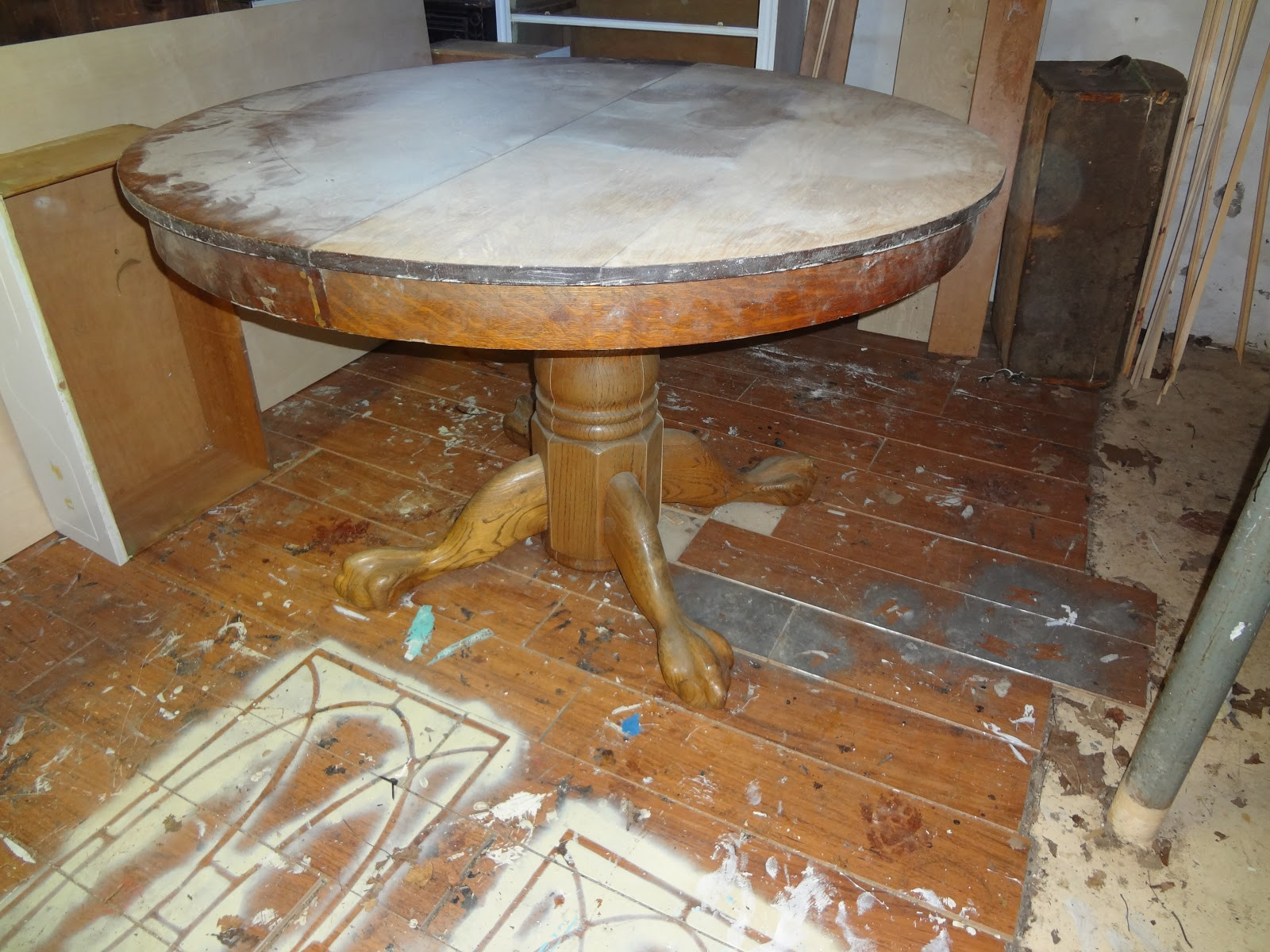 antique oak pedestal table Heir and Space: An Antique Oak Pedestal Table antique oak pedestal table