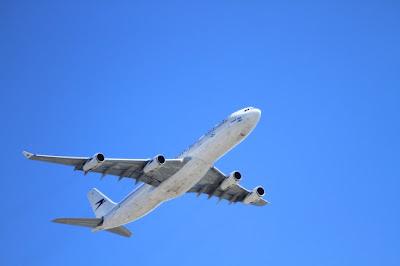 Las compañías aéreas low cost transportaron a la Comunitat en febrero un 16,5% más de pasajeros que en el mismo mes de 2016