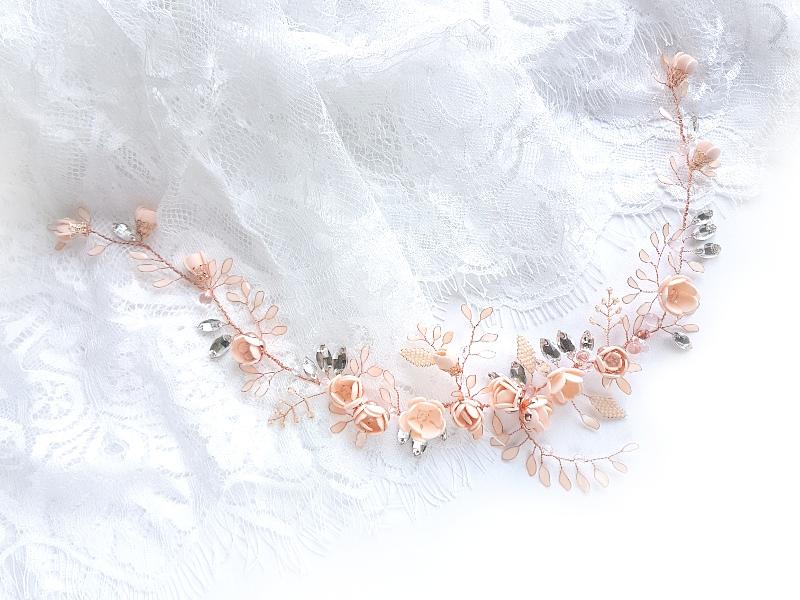 Biżuteryjny półwianek ślubny