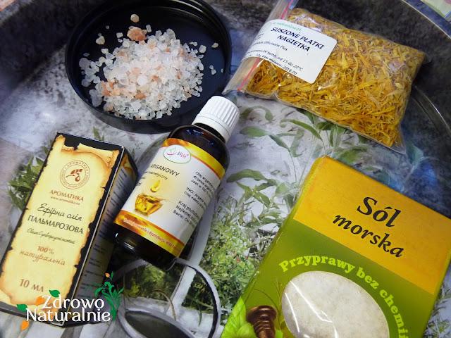 DIY - Domowa sól do kąpieli na bazie soli himalajskiej oraz morskiej o zapachu palczatki imbirowej