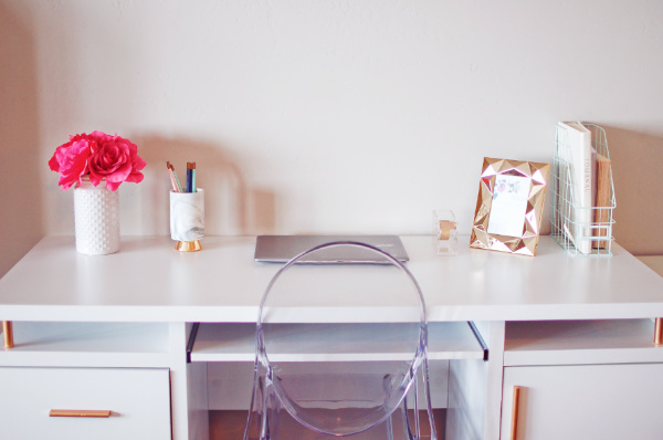 Fantastic From Drab To Fab My Desk Decor Makeover On A Budget Beutiful Home Inspiration Xortanetmahrainfo