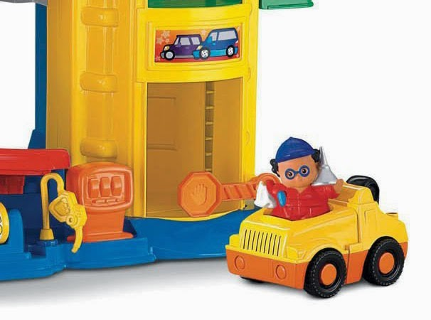 10c04da979f2 Fisher-Price Little People Racin Ramps Garage - Kids fun