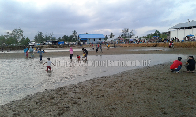 Pantai kenyamukan kutai timur