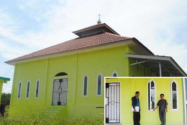 Bantuan 18 Daun Jendela Masjid Hidayah Al Agungi