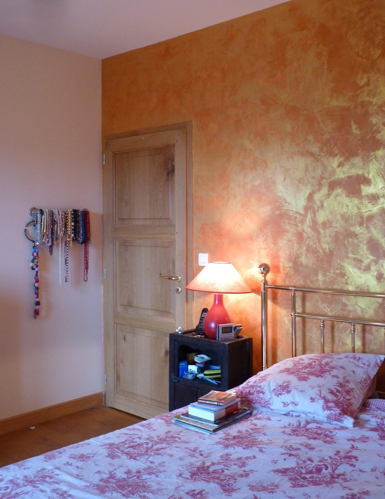 Zoline Art: stuc de chaux moiré dans une chambre, pas à pas